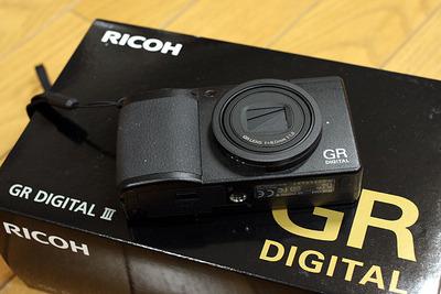 新しく買うたサブカメラ「RICOH GR Digital3」