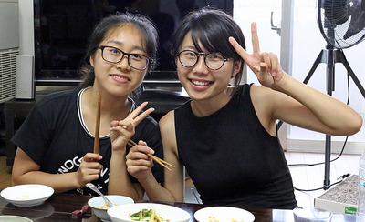 中国の女の子2人