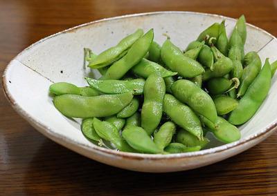 日本の夏の定番「枝豆」でスタート