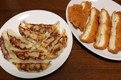 久しぶりに食べたチキンカツとスーパー「ライフ」のPB餃子