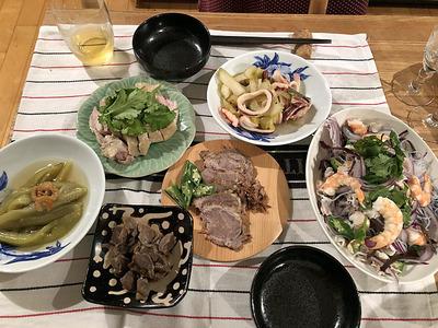 大阪から持ち込んだ料理で家宴会