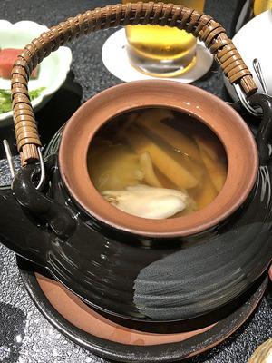 富山県砺波市の宿「三楽園」の土瓶蒸し