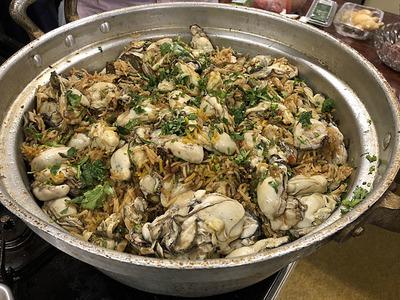 出来上がった牡蛎のビリヤニ