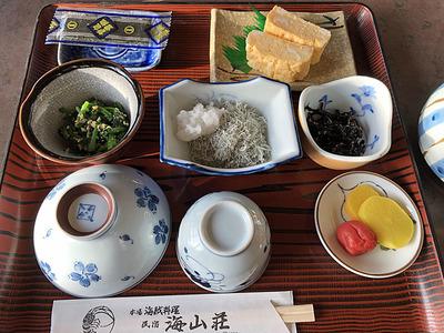 海山荘の朝食