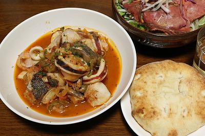 洋モノが食べたくてなんちゃって「ブイヤベース」とローストビーフサラダ
