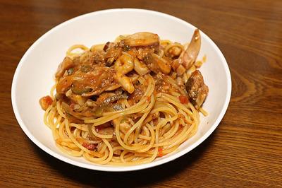 残ったブイヤベースでスパゲティ