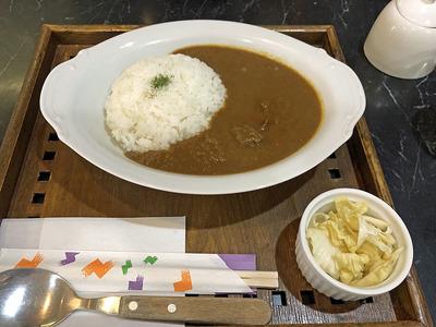 平野区加美の喫茶店「カフェ・ラルーン・ド・エスト」の本格的欧風カレー