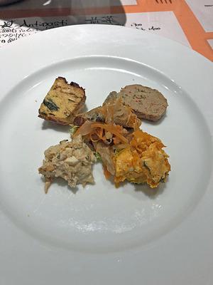 ペルドマーニのランチの前菜盛り合わせ